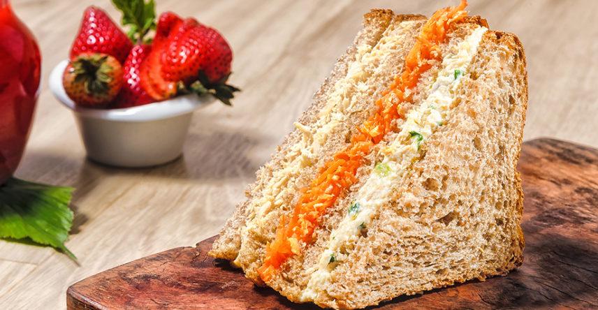 sanduiche-frango-pao-integral